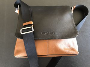 Saddle and Black Two-Tone Coach Sullivan Messenger Bag Leather Shoulder Crossbody F72108 NWT for Sale in Chelmsford, MA