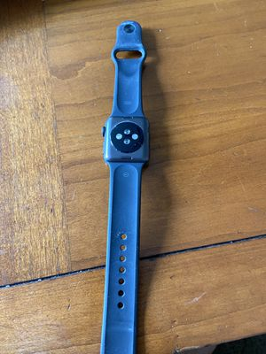 Apple Watch Series 3 (38mm Black) for Sale in Columbus, OH