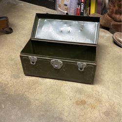 Vintage Metal Tool Box for Sale in Long Beach,  CA