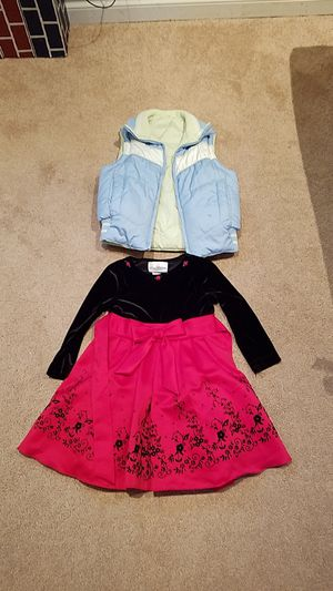 Girls winter lot - Size 6 for Sale in Bonney Lake, WA