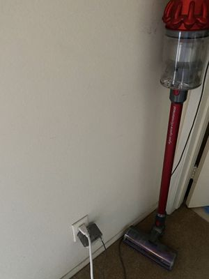 Dyson v10 for Sale in Rosemead, CA