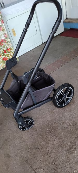 🔥nuna mixx stroller with carseat adapter $225 for Sale in Los Angeles, CA