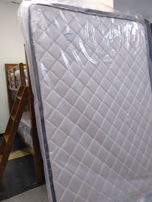 150 Full mattress box spring included for Sale in Columbus, OH