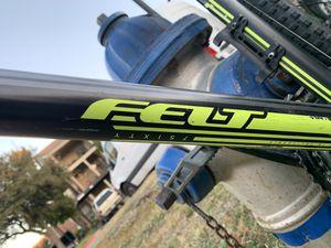 Felt 7sixty Men's mountain bike for Sale in Irving, TX