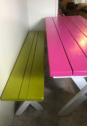 Picnic Table for Sale in East Los Angeles, CA