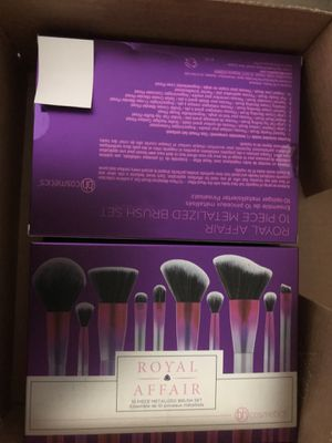 Makeup brushes for Sale in Selma, CA