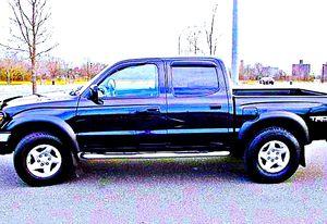 ֆ14OO 4WD Toyota Tacoma Clean for Sale in Fairfax, VA