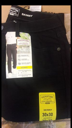 4 Jeans, Wranglers & signature Levi Strauss for Sale in Richmond, CA