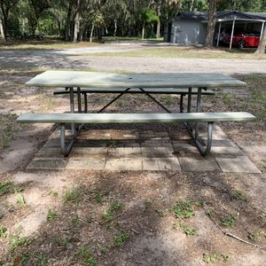 Wooden picnic table for Sale in Riverview, FL