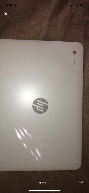 White 15.6 in Chromebook Laptop for Sale in Long Beach, CA