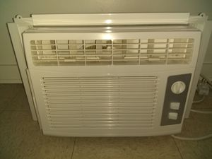 GE Appliances Room air conditioner for Sale in Honolulu, HI