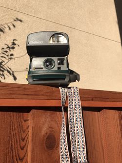 Vintage OneStep Express Polaroid Camera (Working) Comes Gift wrapped!!!! for Sale in Pleasanton,  CA