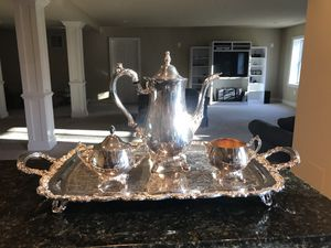 Oneida silver plate tea set and tray for Sale in Clarksville, MD