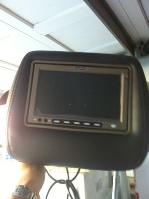 2 Vizua.Logic Individual DVD Headrest for a Tahoe, suburban or Chevy Truck for Sale in Burlingame, CA