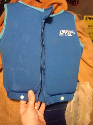 Kids life vest for Sale in Four Oaks, NC