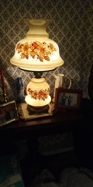 Antique lamp for Sale in Temple, GA