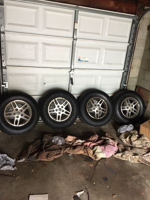 JEEP WHEELS for Sale in Columbus, OH