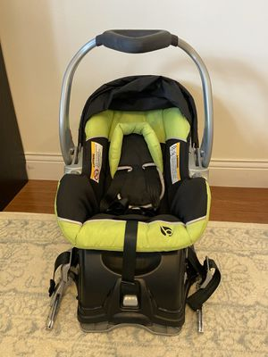 Babytrend infant car seat with base for Sale in Wilmore, KY