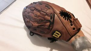 Wilson A440 softball glove for Sale in Chicago, IL