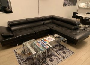 Sectional couch for Sale in Miami Beach, FL