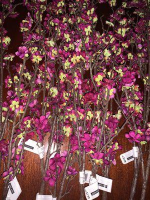 *Brand New* Fuschia Blossom Stems for Sale in Charleston, SC