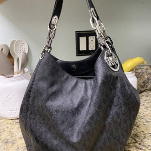 Michael Kors Bag for Sale in Rancho Dominguez, CA