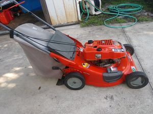 Scotts Lawn Mower made by Murray for Sale in Deltona, FL