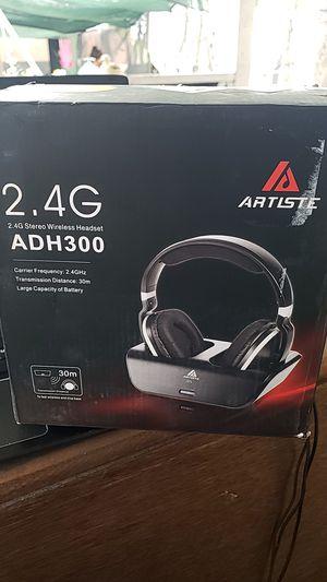 Artiste stereo wireless headset for Sale in Sheridan, CO