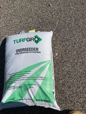 Seeds of grass very good seeds new bag never opened hablo espanol for Sale in Glendale, AZ
