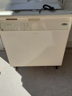 Whirlpool Dishwasher for Sale in Cape Coral,  FL
