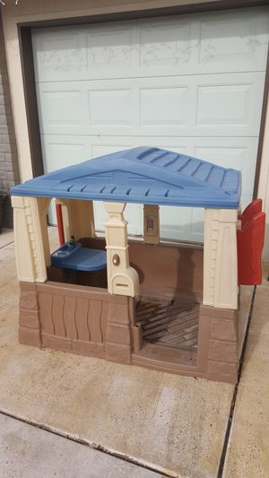 Step 2 playhouse for Sale in Peoria, AZ