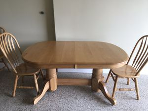 *DEAL* Dining room table plus 6-8 chairs for Sale in Chelan, WA
