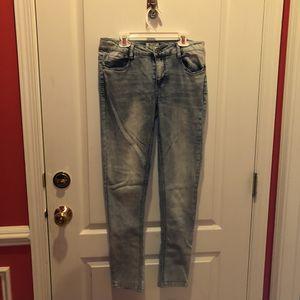 Light blue jeans for Sale in Sterling, VA