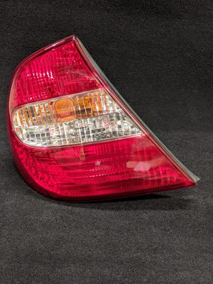 Genuine OEM Toyota Camry LH Tail Light Driver's 2002 2003 2004 for Sale in Kent, WA