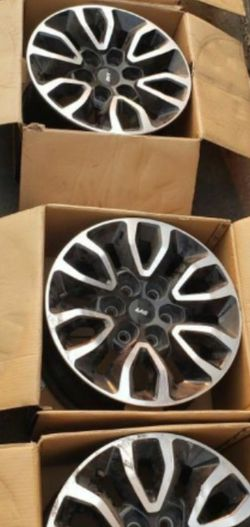 Ford F150 SVT Raptor OEM Rims In Good Condition 6 Lug for Sale in Tulare,  CA