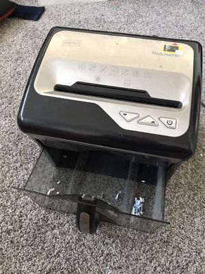 Staples Mailmate M5 Paper Shredder for Sale in San Diego, CA
