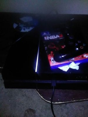 Sorry for the shitty camera but PS4 works perfectly just don't want anymore for Sale in Columbus, OH