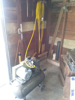 Air compressor with long hose for sale for Sale in St. Louis, MO