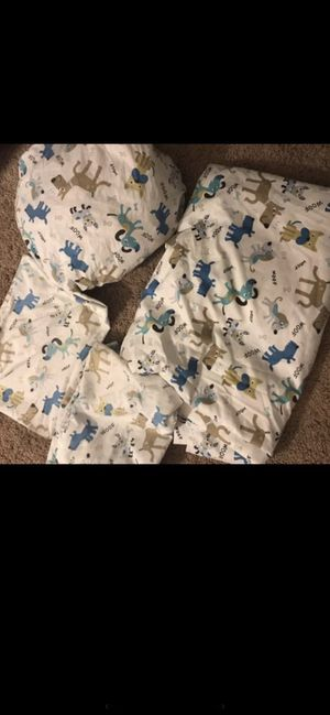 Full size sheets 4 pieces 2 pillows cases one flat sheets one fitted sheets used one weeks like new very clean condition price firm $10 for Sale in San Diego, CA