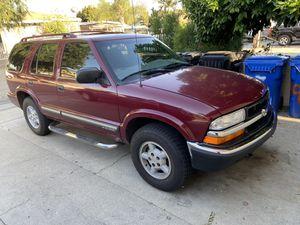 Chevy blazer 2000 for Sale in Pico Rivera, CA