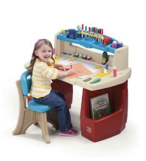 Kids desk for Sale in Los Angeles, CA