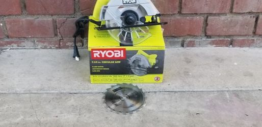 ryoni 7 1/4 circular saw 13amp for Sale in Buena Park,  CA