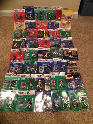 Lot of 45 Kenner Starting Lineup Sports action figures for Sale in Crosswicks, NJ