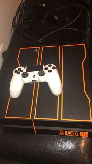 Bo3 edition ps4 for Sale in Keenesburg, CO