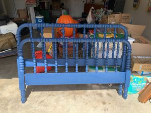 Full bed frame for Sale in Gulfport, MS