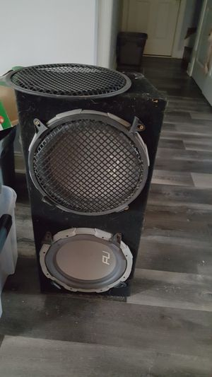 FLI subwoofers in box for Sale in GOODLETTSVLLE, TN