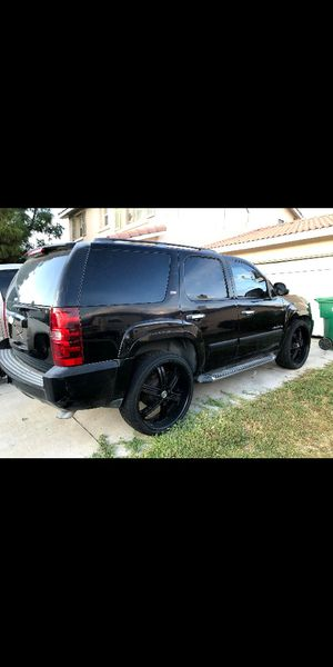 2009 chevy tahoe z71 package $5800 yukon avalanche escalade suburban navigator silverado for Sale in DEVORE HGHTS, CA