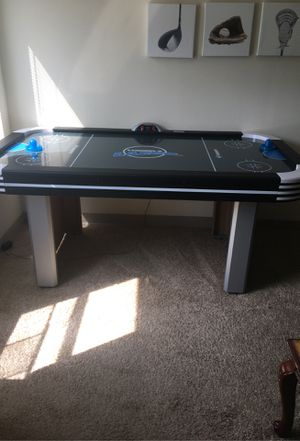 Air hockey table for Sale in Baltimore, MD