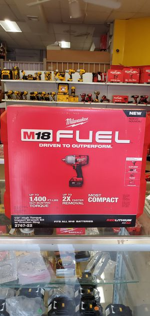 Milwaukee Fuel 1/2 Wrench High Impact 1400 Torque Full Kit with Hard Case for Sale in Riverside, IL