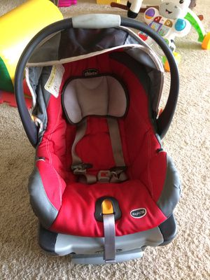 Chicco key fit 50 car seat and base for Sale in Silver Spring, MD
